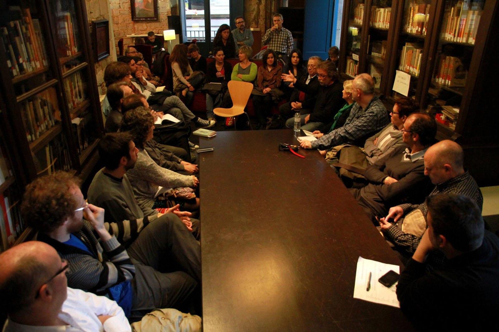 Fototertúlia Barcelona i la daguerrotipia: avatars, problemes i anècdotes d'una recerca al Cercle Artístic de Sant Lluc. 13/04/2015