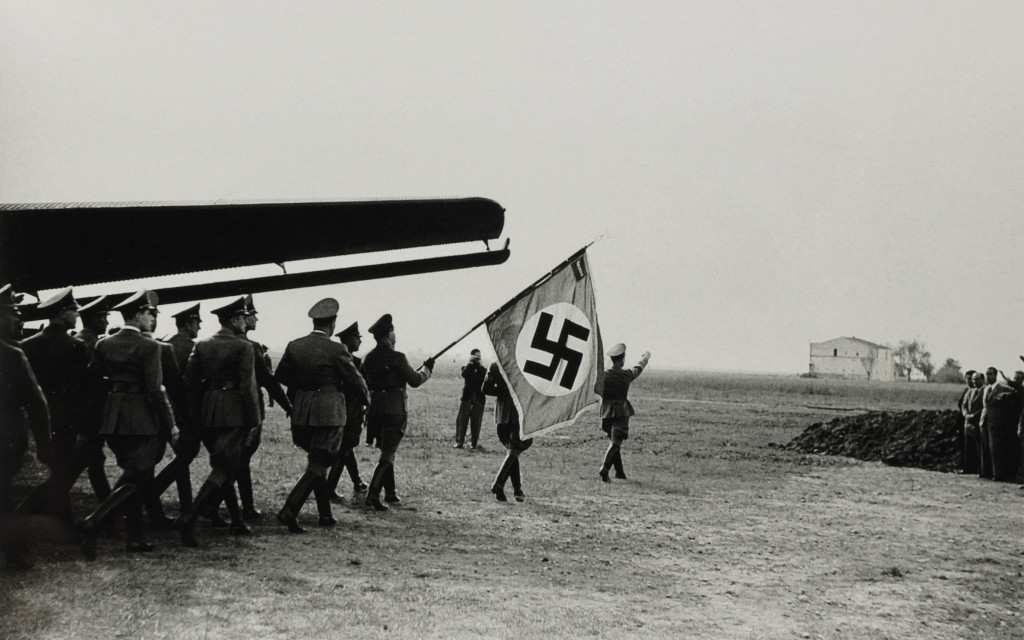 Arribada de Himmler a Barcelona. Aeroport del Prat, octubre de 1941. Pérez Molinos / Col·legi de Periodistes de Catalunya