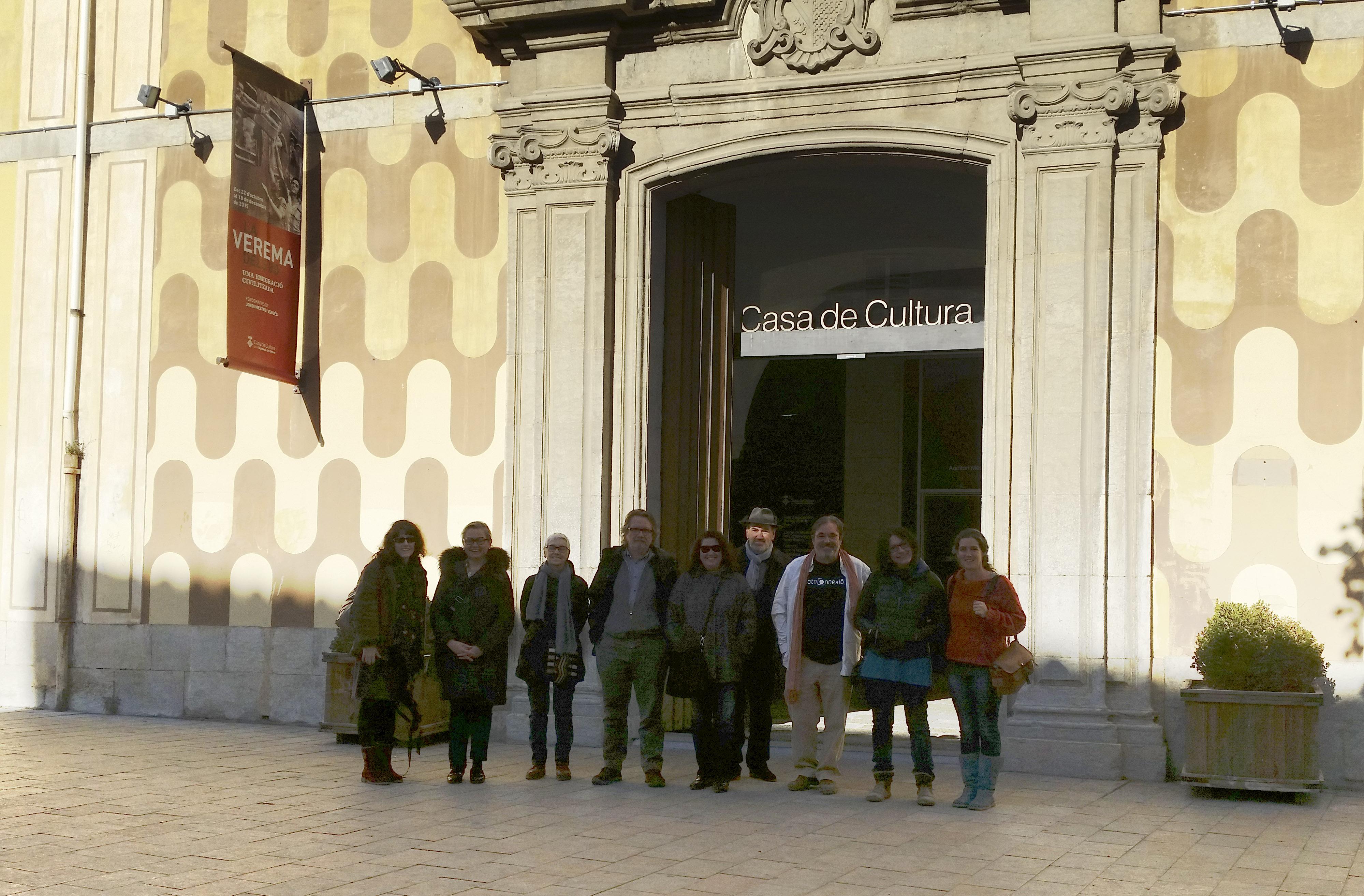 """Visita guiada exposició """"La verema dels 80. Una emigració civilitzada"""". 28/11/15"""