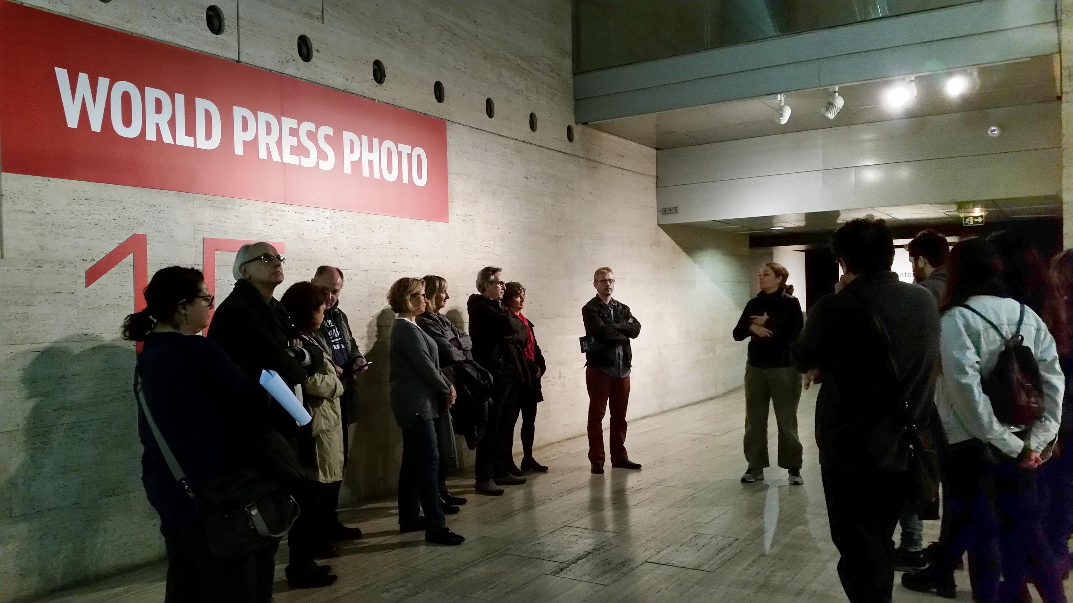 Visita guiada exposició World Press Photo 15 a càrrec de Sílvia Omedes. 24/11/15 CCCB