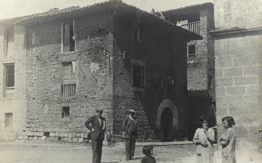 Fototertúlia: La fotografia i el viatge pel Poble Espanyol, a carrec de Rafel Torrella